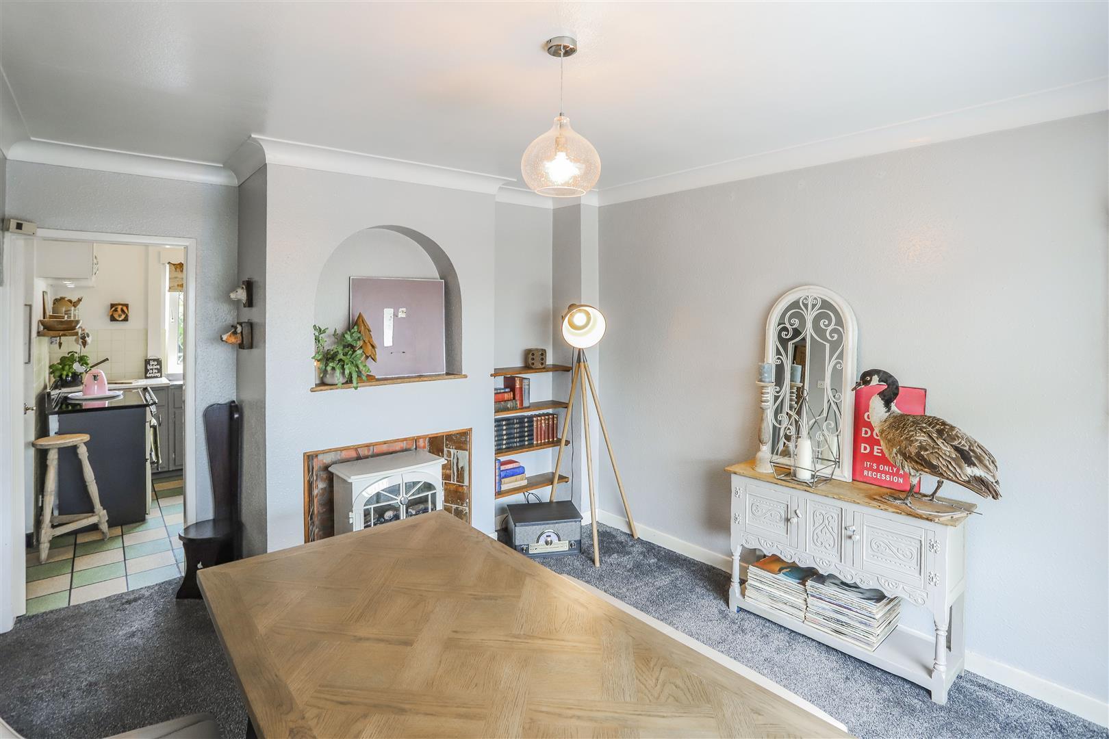 3 Bedroom Detached House For Sale - 8.JPG